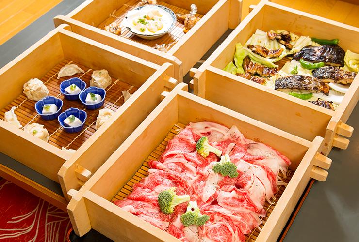 お客の求めに応える懐深いもてなしと、新鮮な旬の魚介を掘りごたつのお座敷でゆったりと堪能