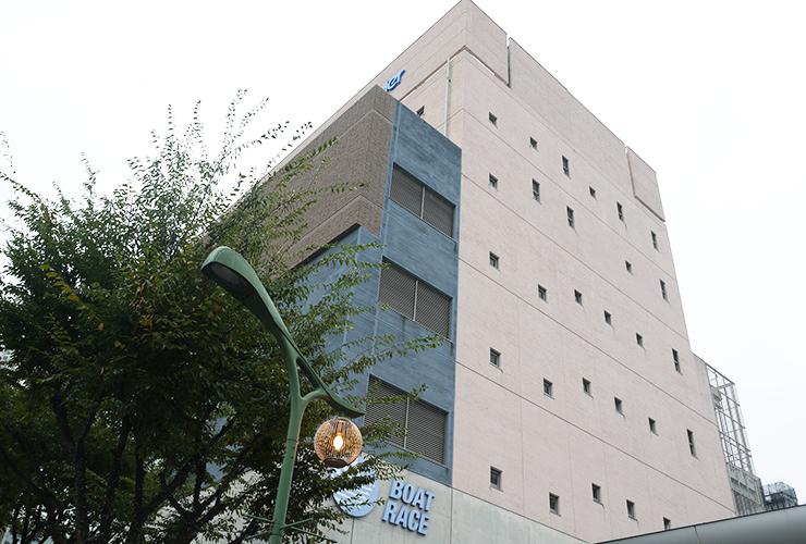モーニングランチ、カフェなど様々なシーンで利用できるボートピア神戸新開地のレストラン