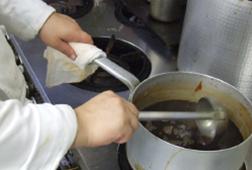 老舗洋食店直伝「万能ソースの作り方」