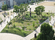 2011年市民に親しまれる公園に生まれ変わった湊川公園